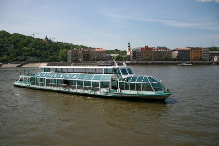 Danube Legend - Evening Sightseeing Cruise