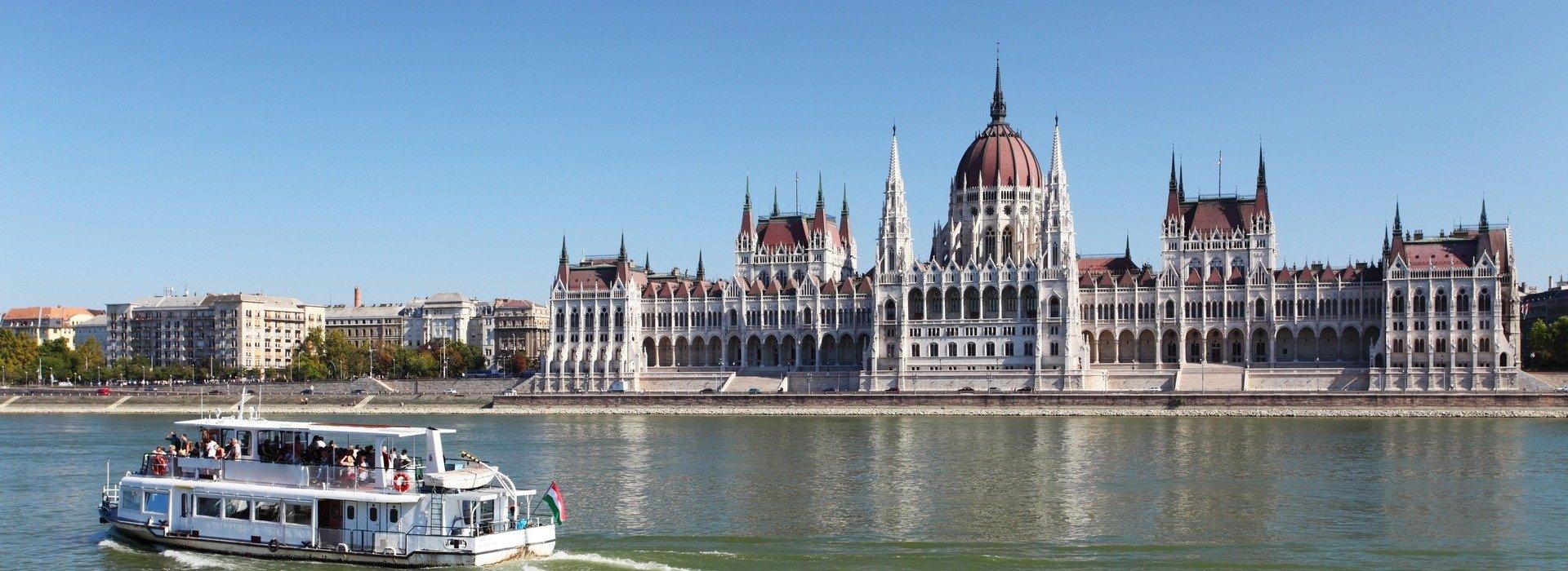 Dunai Legenda - esti hajós városnézés