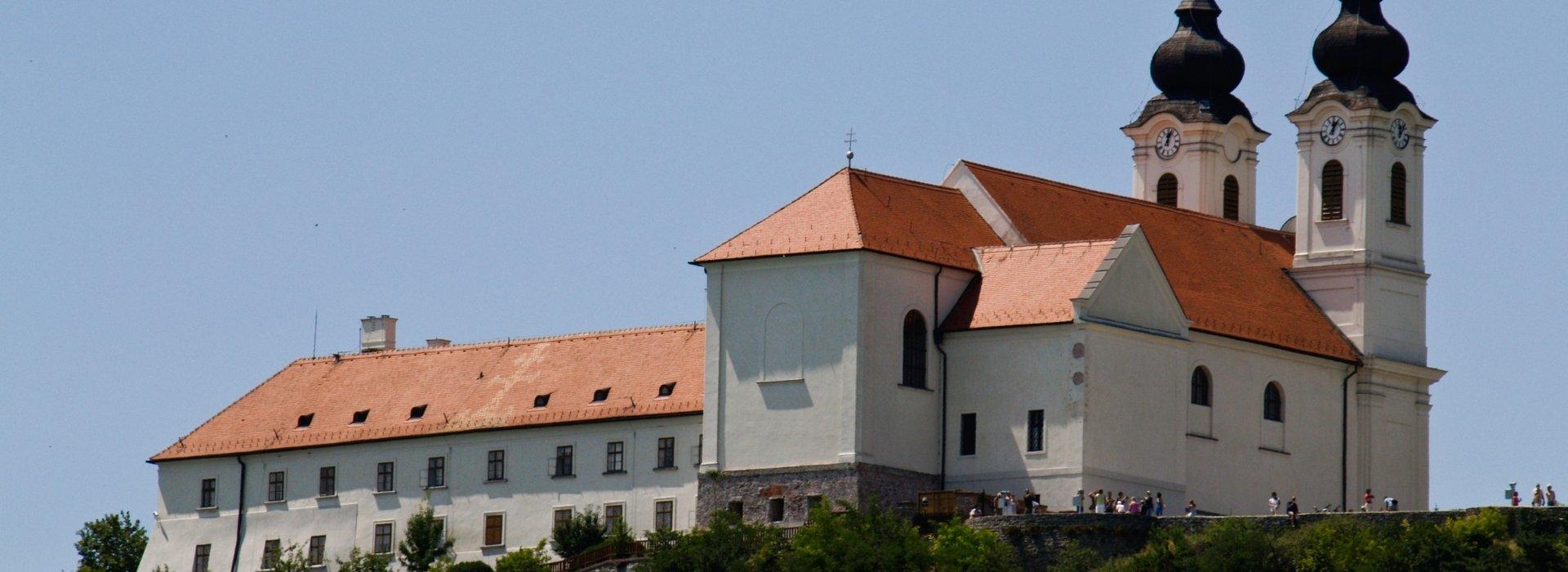 Múzeum, galéria